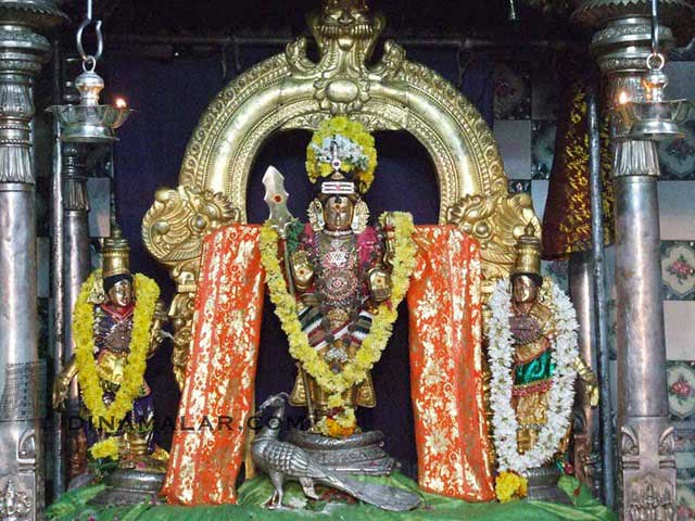 Sri Singara Velavar, Sikkal
